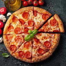 خرید پیتزا پپرونی